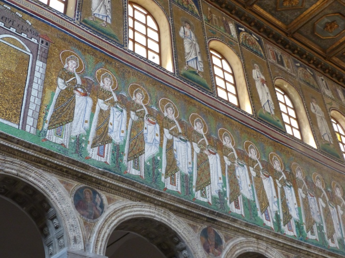 Mosaics depicting women from the 6th century in the Basilica of Saint'Apollinare Nuovo in Ravenna