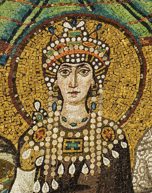 Theodora_mosaic_-_Basilica_San_Vitale_(Ravenna)
