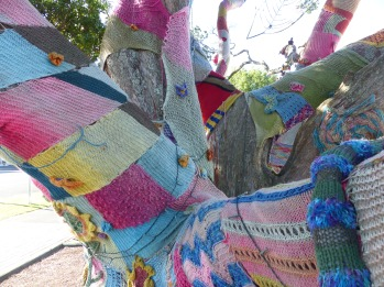 Cool yarn-bombed tree